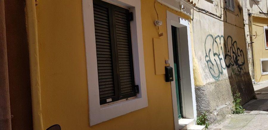 Κωδ: 16921 – Χώρα Κέρκυρας ΠΩΛΕΙΤΑΙ ανακαινισμένη Μονοκατοικία
