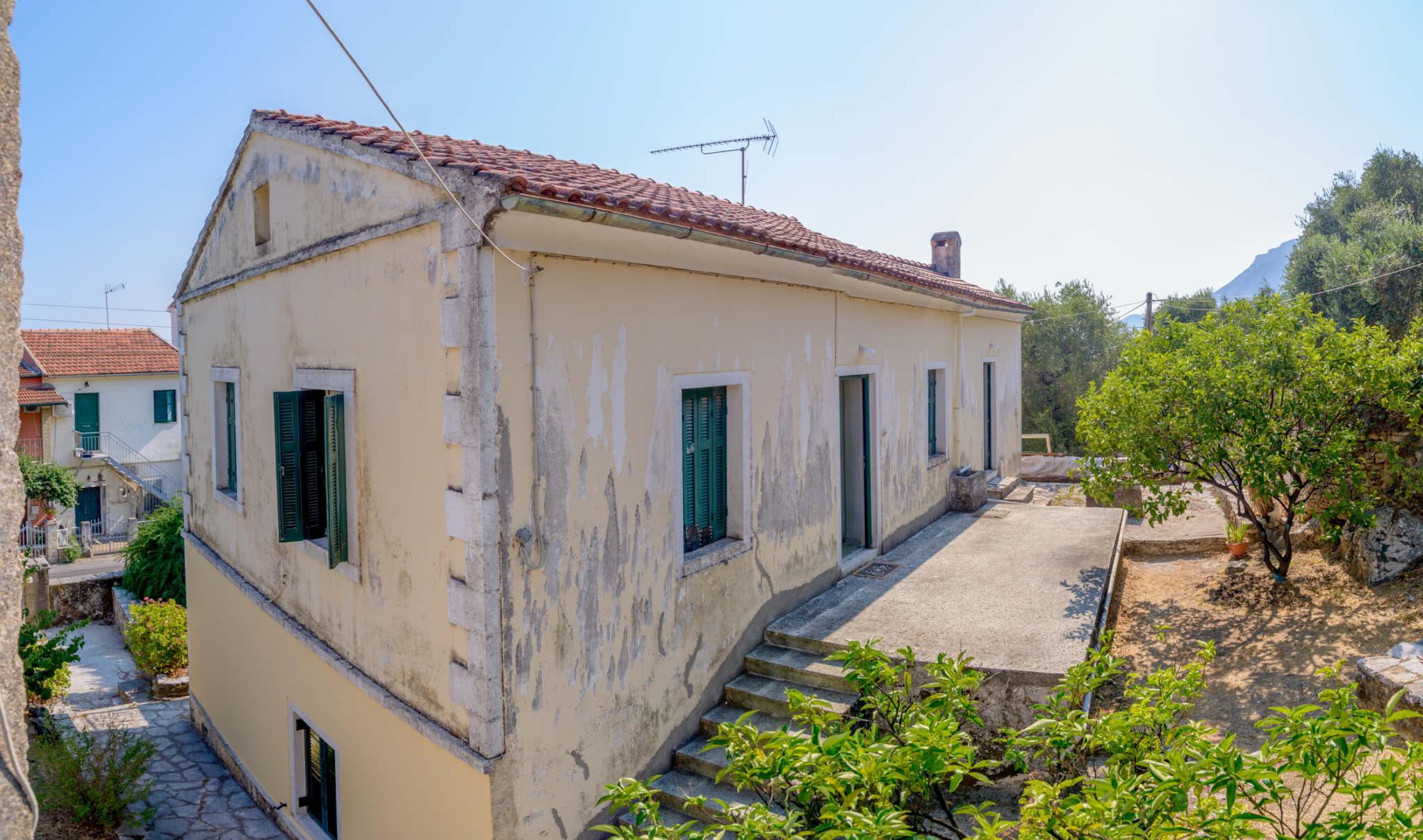 Κωδ: 16970 – Παλαιοκαστρίτσα ΠΩΛΕΙΤΑΙ Μονοκατοικία συνολικής επιφάνειας 100 τ.μ.